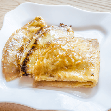 crepes-suzette-P9NQMWH (1)